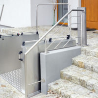 Ascendor platform lift for wheelchair